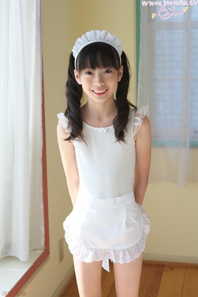 Momo Shiina Ayu Makihara Special - Office Girls Wallpaper