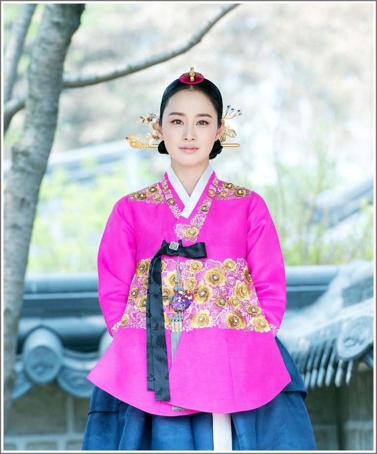아름다운 한복 아름다운 배우