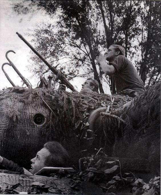 판터 전차 큐포라 마운트의 MG 34 대공 기관총- Panther Tank Cupola mounted Anti Air Craft MG34 Machine Gun